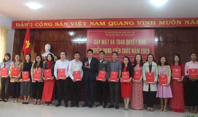 Đắk Lắk: 159 người trúng tuyển kỳ thi tuyển dụng viên chức Sở GDĐT - 1