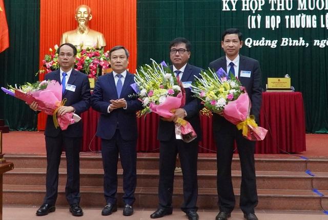Quảng Bình bầu bổ sung 3 Phó Chủ tịch UBND tỉnh - 1