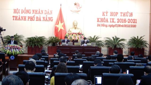 Đại biểu Đà Nẵng đề xuất có chỗ đỗ mới được mua ô tô - 3