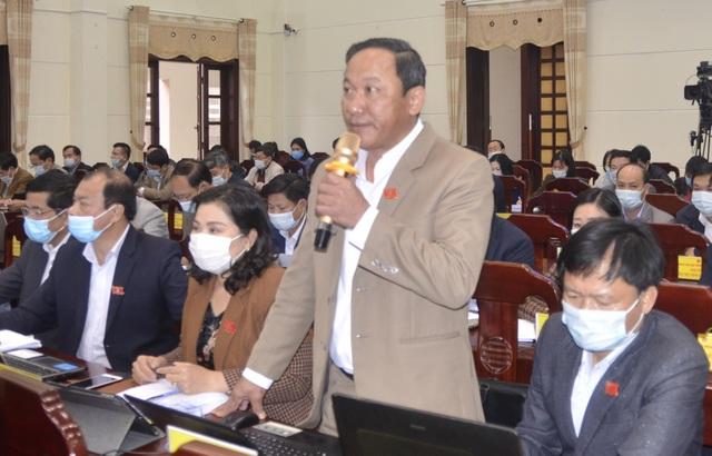 Quảng Trị: Khẩn cấp di dân ra khỏi khu vực có nguy cơ sạt lở đất - 2
