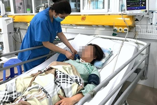 Uống 60 viên thuốc hạ huyết áp, người phụ nữ 31 tuổi may mắn thoát chết - 1