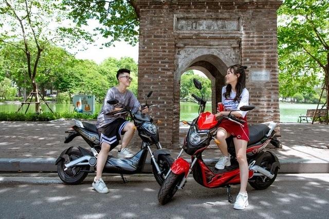 Vì sao xe máy điện VinFast gây sốt trong giới trẻ? - 1