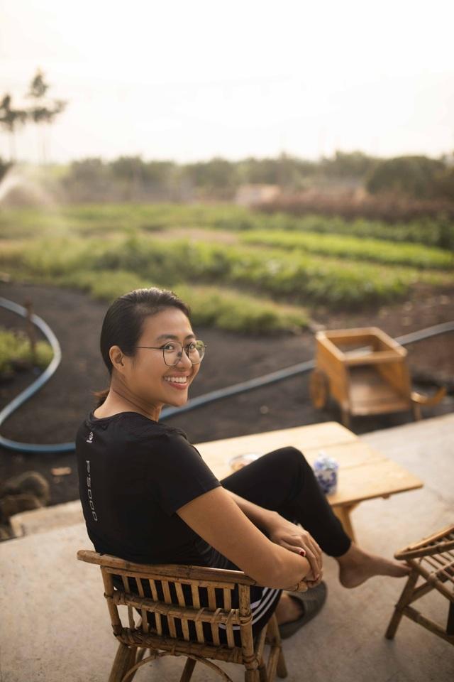 Nữ nhiếp ảnh Sài Gòn bỏ phố về quê, tự làm khu vườn 1ha thơ mộng - 15