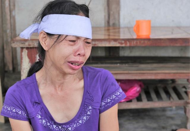 Rớt nước mắt cảnh 2 con thơ mất cha ở cùng bà đói khát trong căn nhà nát - 5