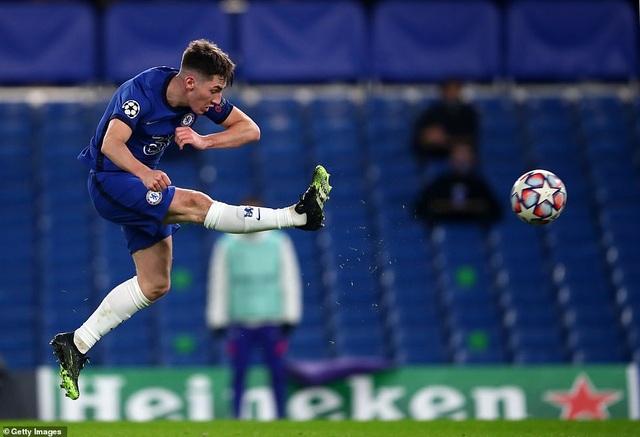 Chelsea giành vé đi tiếp với thành tích bất bại ở Champions League - 3