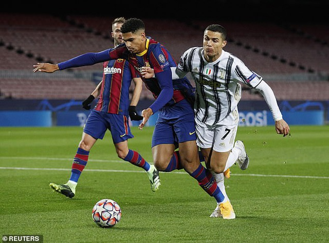 Barcelona 0-3 Juventus: Cú đúp của C.Ronaldo - 5