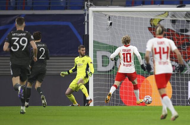 RB Leipzig 3-2 Man Utd: Trái đắng cho Quỷ đỏ - 3