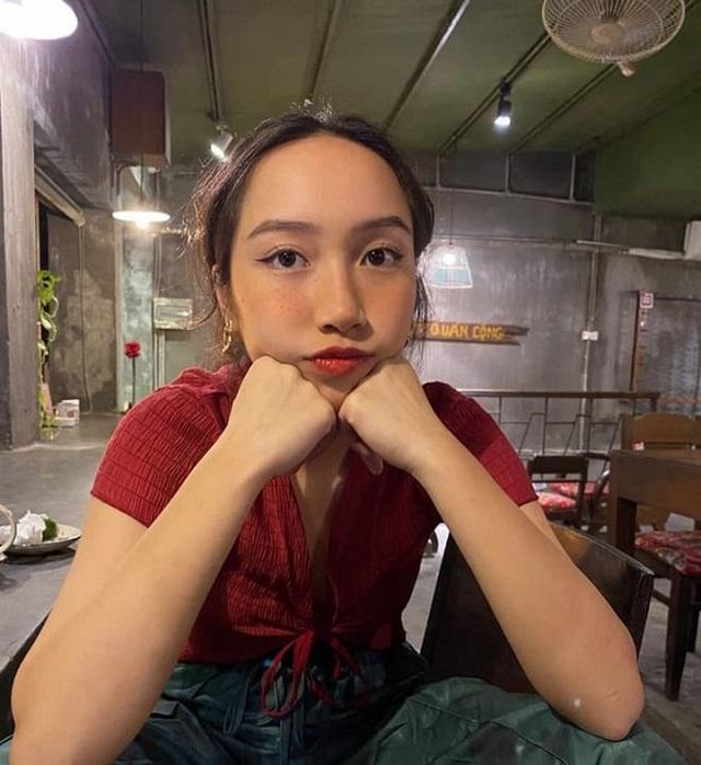 Con gái út nhà Diva Mỹ Linh lần đầu khoe dáng với bikini - 5