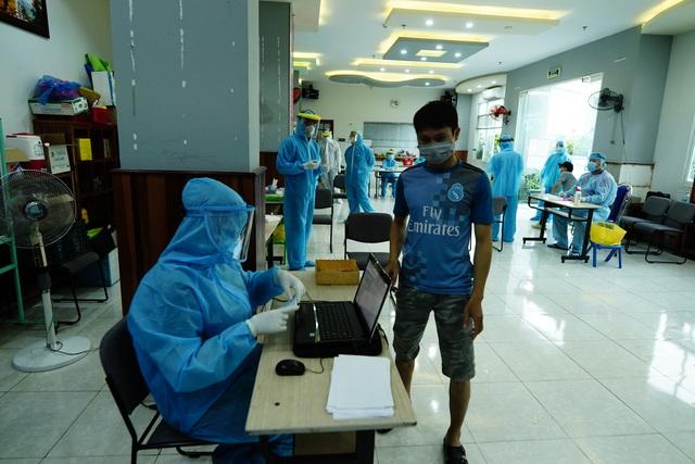 TPHCM bước đầu kiểm soát được nguy cơ lây nhiễm từ chùm ca bệnh Covid-19 - 2