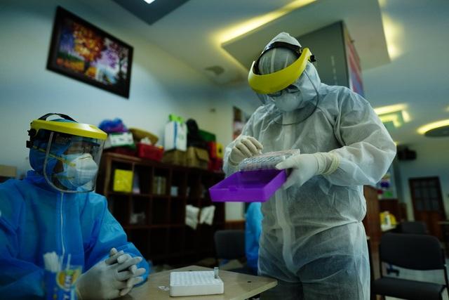 TPHCM bước đầu kiểm soát được nguy cơ lây nhiễm từ chùm ca bệnh Covid-19 - 3