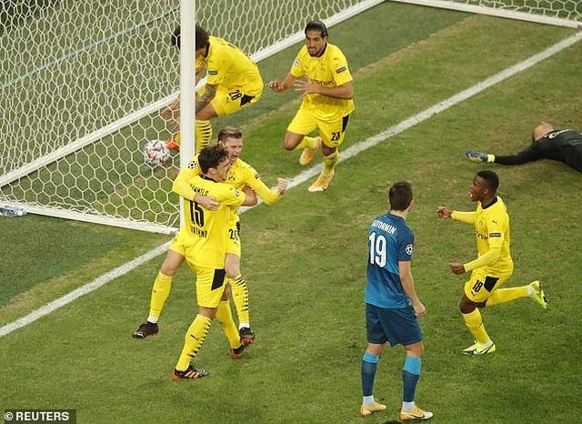Theo chân Dortmund, Lazio giành vé đi tiếp ở Champions League - 1