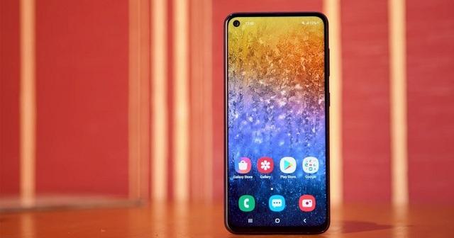 Loạt smartphone giá tiền đầu 3 với màn hình lớn, pin khỏe - 2
