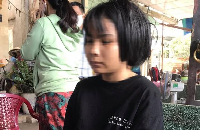 Nữ sinh bị đánh sau tai nạn: Phải khâu 10 mũi trên đầu, chấn thương mặt - 1