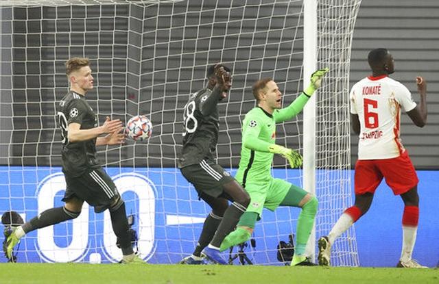 Những khoảnh khắc cuối cùng của Man Utd ở Champions League 2020/21 - 13
