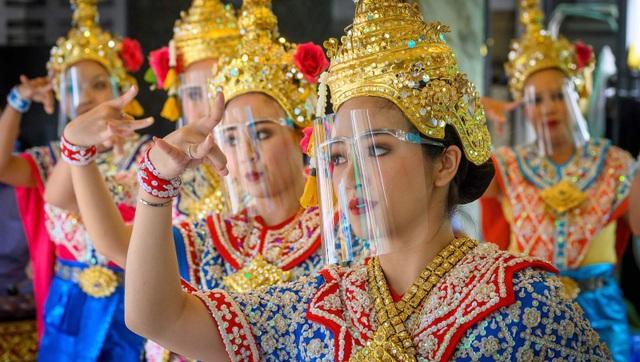 Thái Lan chính thức mở cửa đón khách du lịch trên toàn thế giới - 1
