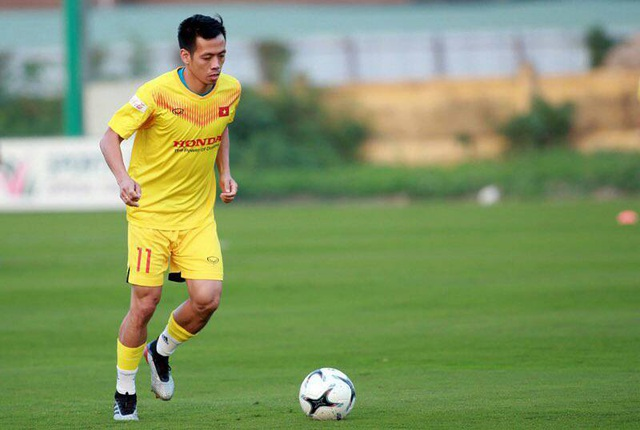 Văn Quyết tiết lộ điểm yếu khi lên đội tuyển Việt Nam - 1