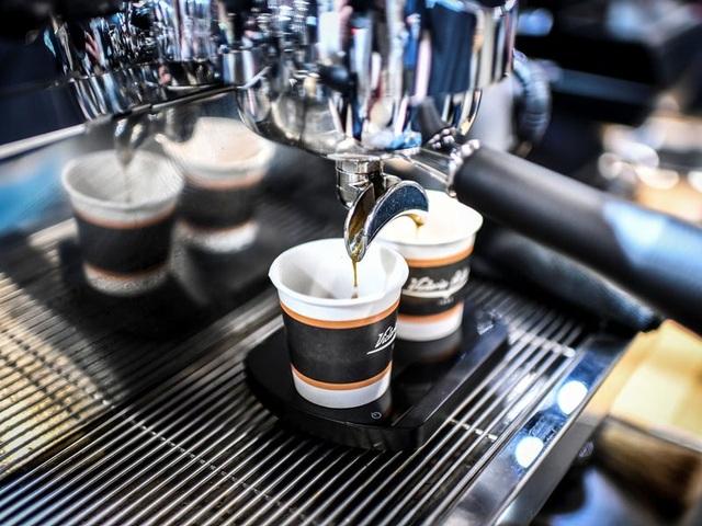 Chuyên gia pha chế cà phê thường gọi gì khi... đi uống cà phê? - 1
