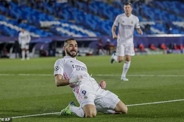 Đánh bại Moenchengladbach, Real Madrid giành ngôi đầu bảng - 4
