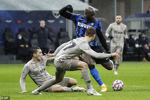 Hòa thất vọng Shakhtar Donestk, Inter Milan đứng cuối bảng - 3