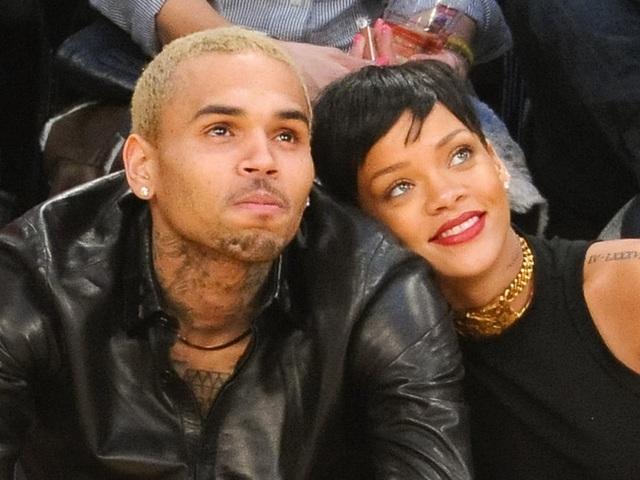 Rihanna hạnh phúc bên tình yêu mới - 5