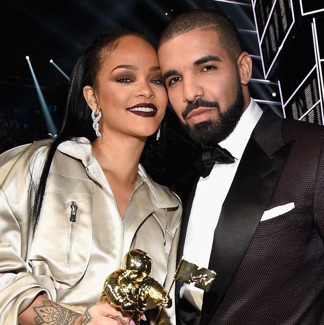 Rihanna hạnh phúc bên tình yêu mới - 7