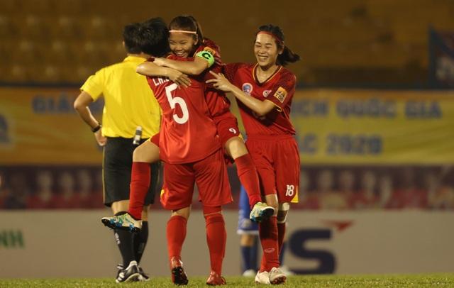 TPHCM đăng quang sớm 1 vòng đấu tại giải bóng đá nữ vô địch quốc gia - 1