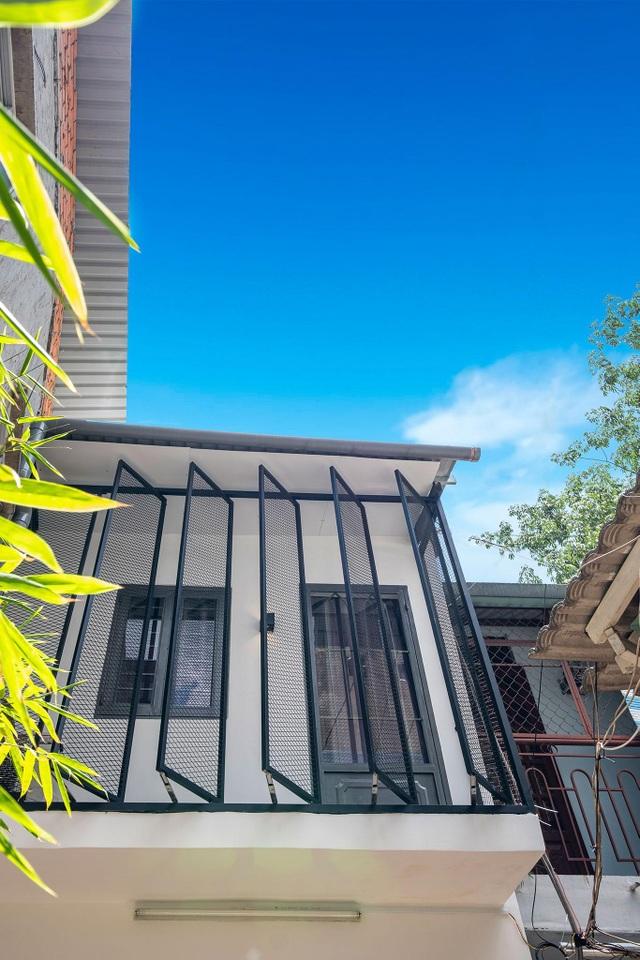 Căn nhà 17m2 của vợ chồng Sài Gòn lột xác đẹp khó tin chỉ 290 triệu đồng - 2