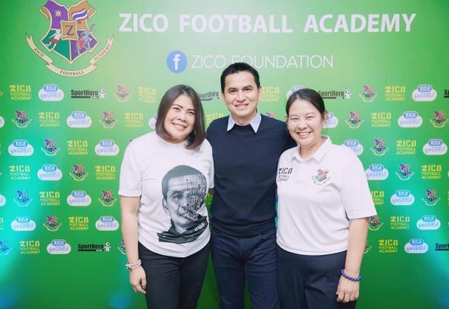 HLV Kiatisuk mở học viện bóng đá, sẵn sàng rời Thái Lan để sang HA Gia Lai - 6