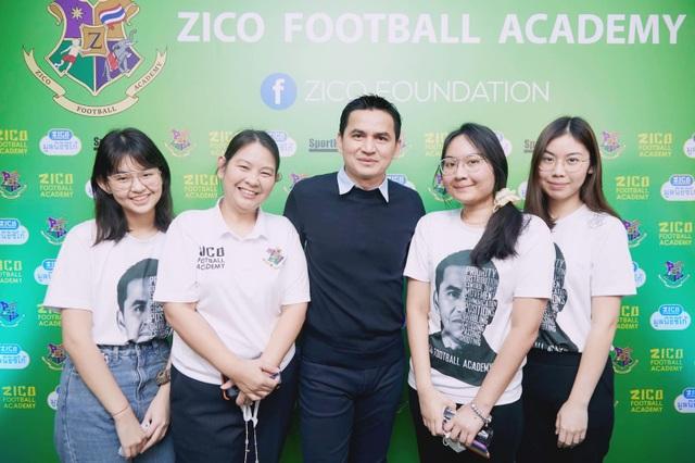 HLV Kiatisuk mở học viện bóng đá, sẵn sàng rời Thái Lan để sang HA Gia Lai - 7