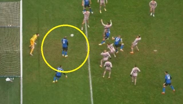 Hòa thất vọng Shakhtar Donestk, Inter Milan đứng cuối bảng - 4