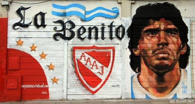 Bức bích họa tuyệt đẹp tưởng nhớ huyền thoại Maradona - 2