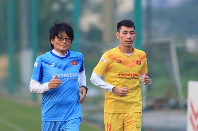 HLV Park Hang Seo nhận thêm tin không vui từ tuyển thủ Việt Nam - 1