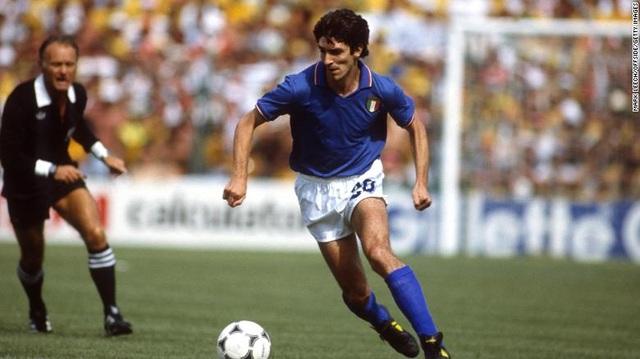 Dấu ấn rực rỡ trong sự nghiệp của huyền thoại bóng đá Paolo Rossi - 3