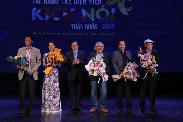 63 diễn viên trẻ dự thi tài năng trẻ diễn viên Kịch nói 2020 - 1