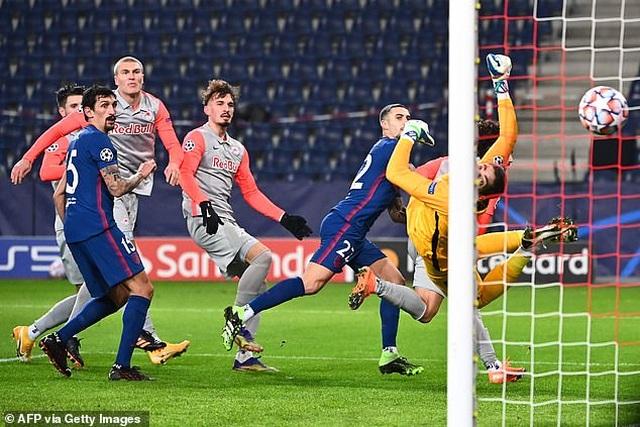 Theo chân Bayern Munich, Atletico giành vé đi tiếp ở Champions League - 3