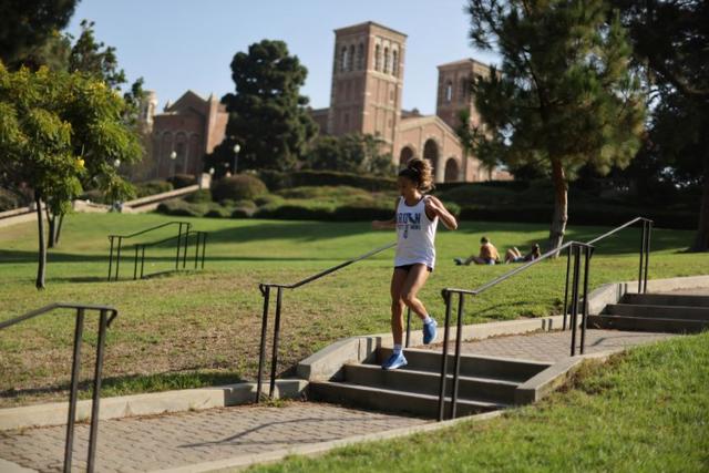 Các trường Đại học Mỹ lên kế hoạch đón sinh viên trở lại học tập - 1