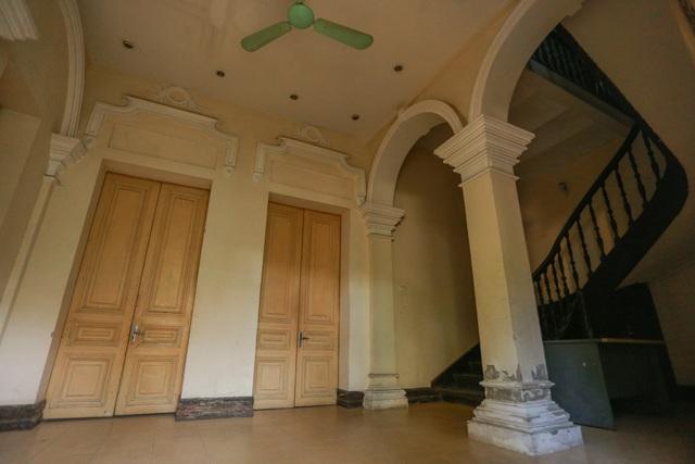 Chiêm ngưỡng dinh thự Pháp cổ từng là nơi ở của vua Bảo Đại tại Hà Nội - 11