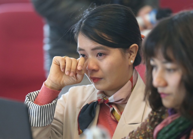 Lương 3 triệu đồng, nhà khoa học trẻ bật khóc vì chẳng thể phụ giúp cha mẹ - 2