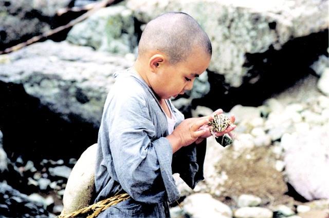 Xuân, hạ, thu, đông... rồi lại xuân: Tuyệt phẩm điện ảnh của Kim Ki-duk - 2