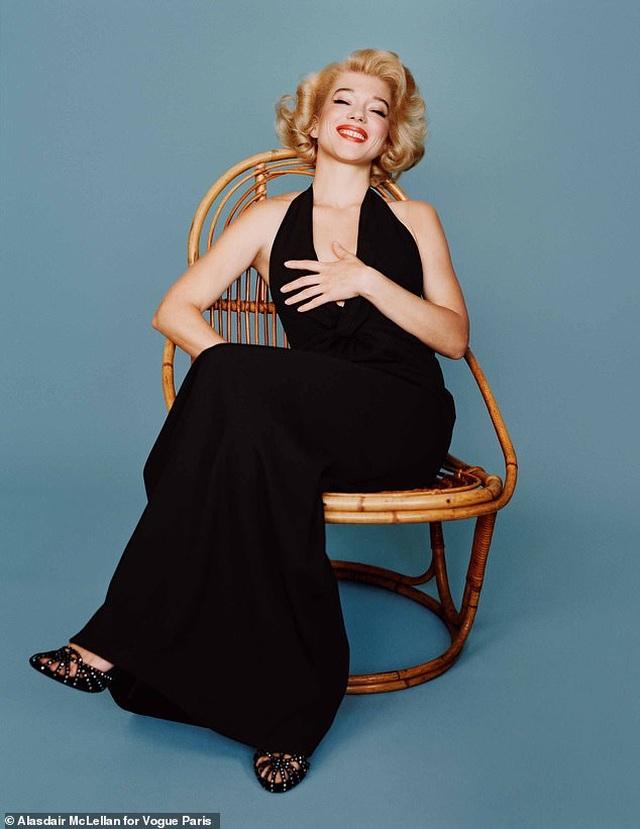 Nhan sắc Pháp hóa thân ngoạn mục thành biểu tượng gợi cảm Marilyn Monroe - 2