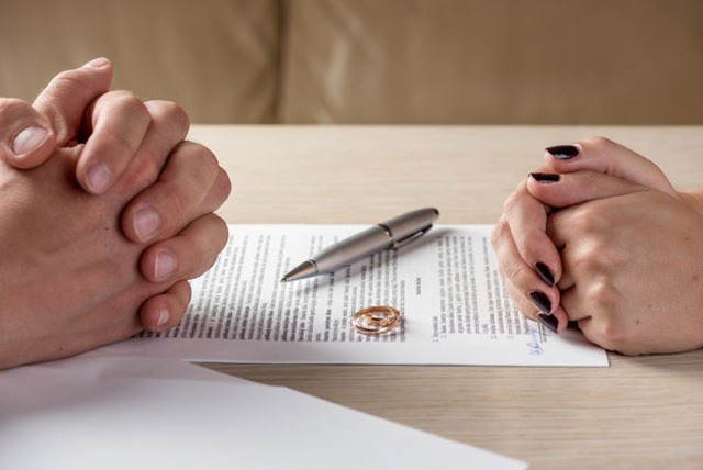 Tôi phát hiện ra chồng ngoại tình, nhưng 12 năm sau chúng tôi mới... ly hôn - 1