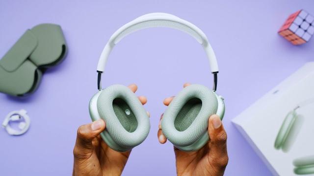 Tai nghe AirPods Max thế hệ mới của Apple được sản xuất tại Việt Nam - 1