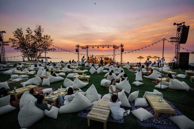 Grand World Phú Quốc hút du khách Việt nhờ điểm nhấn du lịch chủ đề đặc sắc - 1