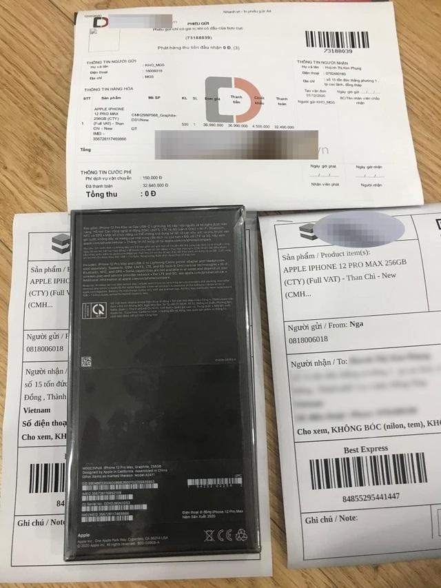 Mua iPhone 12 Pro Max trên mạng, khách hàng nhận... cục đá - 2
