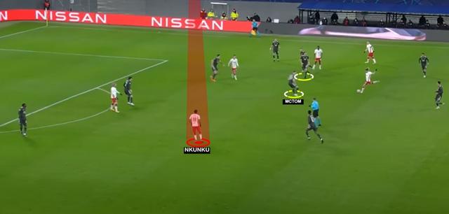 HLV Solskjaer sai, Man Utd sai hay cả hai cùng sai? - 4
