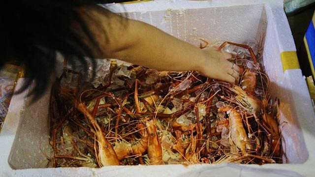 Chạy xe ôm rồi lập tiệm hải sản, cô gái kiếm chục triệu đồng mỗi tháng - 8