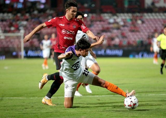 Đội bóng của Đặng Văn Lâm hòa kịch tính ở Thai-League - 1