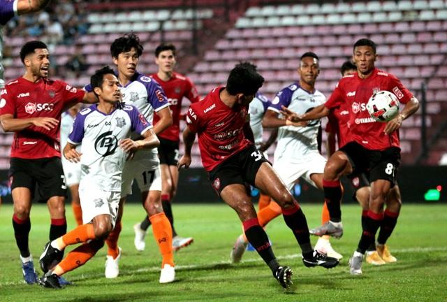 Đội bóng của Đặng Văn Lâm hòa kịch tính ở Thai-League - 4