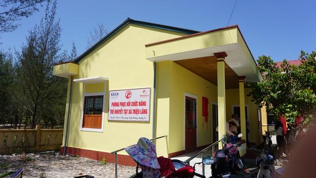 Hơn 1.100 trẻ em khuyết tật vùng nông thôn được điều trị phục hồi chức năng - 4