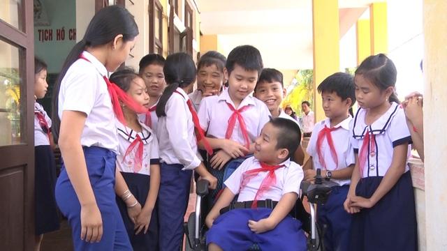 Hơn 1.100 trẻ em khuyết tật vùng nông thôn được điều trị phục hồi chức năng - 2